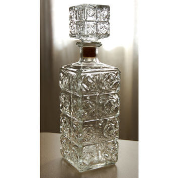 Glass Liquor Decanter with Stopper, Diamonds and Squares Pattern, Vintage Thatcher Glass Bottle