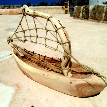 Natural color driftwood boat,  Carved ship. Costal decor. handamade unique woodwork, wooden boats
