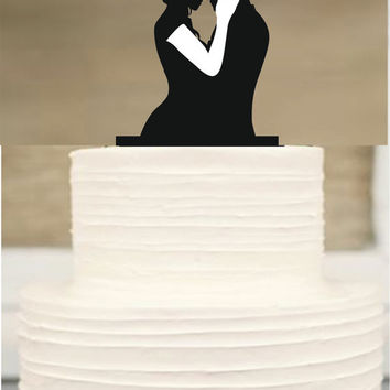 Silhouette wedding cake topper,Mr and mrs wedding cake topper,Bride and groom cake topper,initial Cake Topper,Unique Wedding Cake Topper