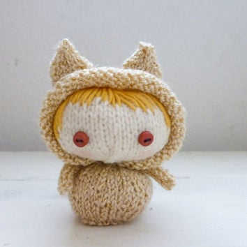 Amigurumi kitty, knit cat, Amigurumi doll, knit amigurumi, amigurumi girl, blonde hair, ready to ship, hand knit, knit doll, small doll