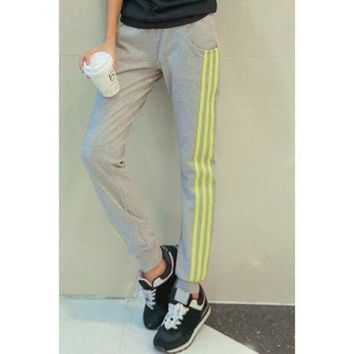 Casual Drawstring Pocket Design Striped Loose-Fitting Women's Pants - Gray S