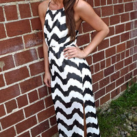 North Shore Waves Maxi in Black