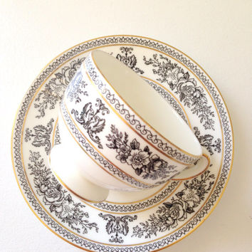 English Bone China Wedgwood Black Columbia Pattern Teacup and Saucer Cottage Style Tea Party