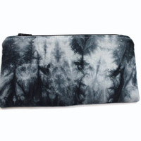 Hand Dyed Makeup Bag, Black Shibori Pouch, Zipper Cosmetic Case, Boho Zipper Pouch, Black White Pouch, Flat Makeup Purse, Pencil Pouch