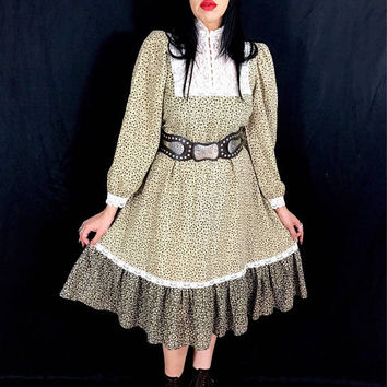 Vintage 70's Cotton Victorian Lace High Collar Western Style Prairie Loose Fitting Dress M // L