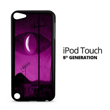 Like Night Vale iPod Touch 5 Case