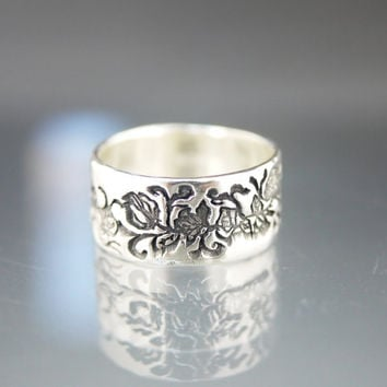 Recycled Sterling Silver Antiqued Rose Vine Ring Band