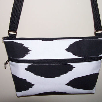 Black & White Spotted Small Zipper Hipster/Crossbody/Shoulder bag/Purse/Nook/Kindle/I Pad Mini Holder