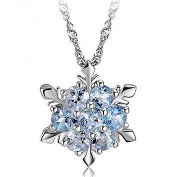 2017 new arrival hot sell fashion snowflake shiny CZ zircon 925 sterling silver ladies`pendant necklaces jewelry gift
