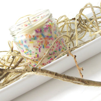 Birthday Cake scented Soy Candle, 6 ounce Glass Jar, Pure Soy Candle, High Quality Candle, Gift For Her, Hostess Gift