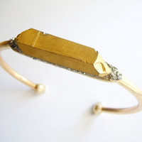 Metallic Gold Crystal Point Bracelet - Pyrite Inlaid - Boho