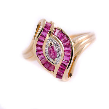 Ruby Ring Eye inspired design 14K Yellow Gold Marquise & Baguette Cut Women's