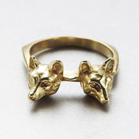 verameat | double headed fox ring in brass