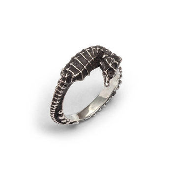 Seahorse bubble stack ring