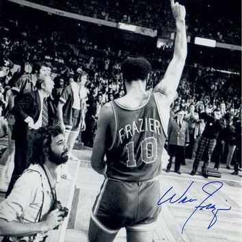 NOVO5 Walt Frazier Signed 16x20 Photo Walking Off the Court Pointing Up