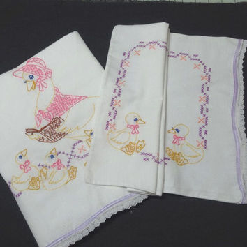 1970s Vintage White Cotton Baby Flat Sheet & Pillow Case, Hand Embroidery, Mother Goose and Ducks, Vintage Linens, Baby Room Nursery Decor