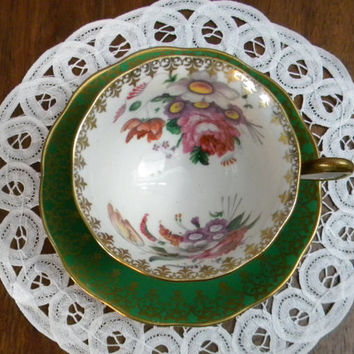 Royal Albert Teacup, Rich Green with Gold Gilding Filigree Rim, Floral Inner and Center Saucer, Avon shape, Unknown Set # 50, 1940 to 1950