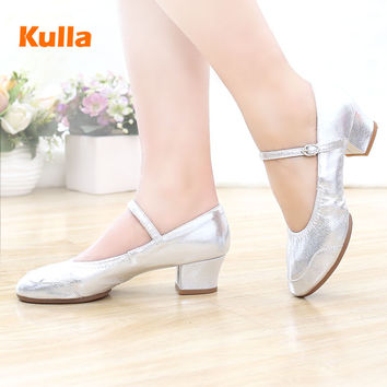 New square dance shoes spring and dance ladies dance modern dance shoes jazz summer leather aerobics shoes frosted