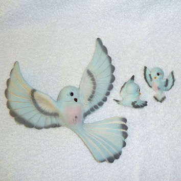 Vintage Freeman McFarlin Bluebirds Family Wall Hanging Plaques Blue Birds 1950s Lefton