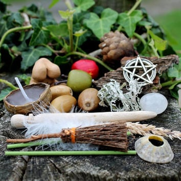 Bountiful Goddess, Mabon ritual portable altar set, wiccan travel altar, hedgewitch altar kit, perfect pagan starter kit for pagan supplies