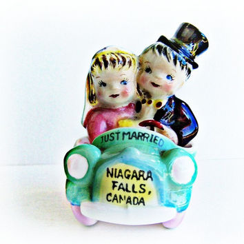 Vintage Lefton Salt and Pepper Shakers , Just Married Niagara Fall Canada Bride and Groom in Car Goes with Set