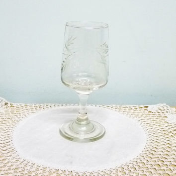 Sherry Glass, Small Liqueur Glass, Snifter, Fortified Wine or Port, Etched Glass, Engraved, Clear Glass, 0603