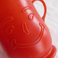 vintage Kool Aid Cup, plastic cup, red cup, childrens cup, smiling cup, collectible cup, small cup, unique cup,vintage housewares,childs cup