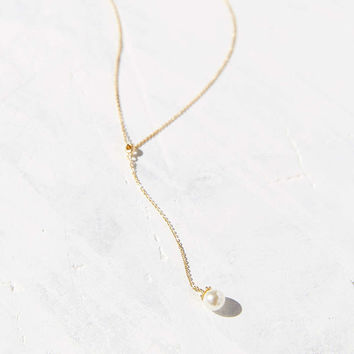 Single Pearl Lariat Necklace - Urban Outfitters