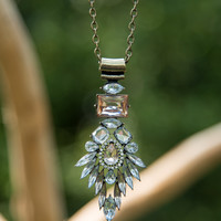 Timeless Style Necklace - Clear/Lt Peach