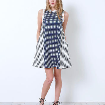Little Twist Shift Dress - Black/Navy