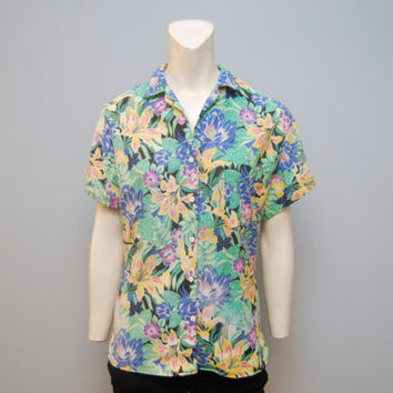 Vintage 1980's Short Sleeved Floral Hawaiian Patterned Blouse Retro Size Shirt Top Button Up Beach 80's Crazy Boho Women's Blouse