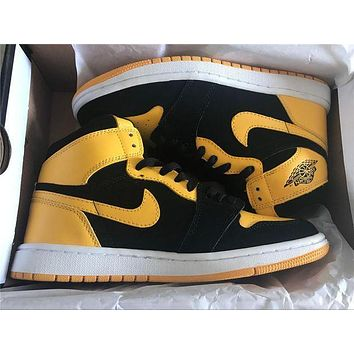 Air Jordan 1 Mid Nike Black/Yellow-White 554724-035 Sneaker size 35-44