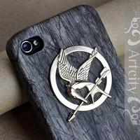 Hunger Games Mockingjay Pendant Black Wooden Iphone 4/4S case, Hard case, Iphone Case Cover