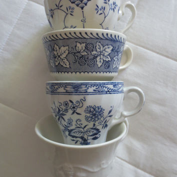 Set of 4 Mismatched Blue and White Vintage Teacups - Coffee Cups