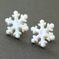 Snowflake Earring : White Iridescent Winter Stud Earring, Simple, Holiday, Christmas, Festive, Seasonal