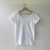 20% OFF SALE. vintage white cut out shirt. cotton lace top. bali t shirt.