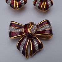 LANVIN Vintage Gold tone Bow Brooch and Clip on Earrings. French Designer Jewellery Set