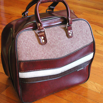 Brunswick Merlot Bowling Bag & Rack   Vintage Tote With Tweed Accents