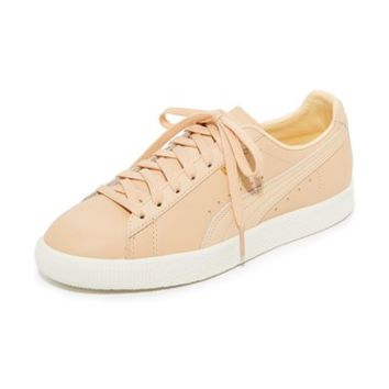 Clyde Natural Sneakers