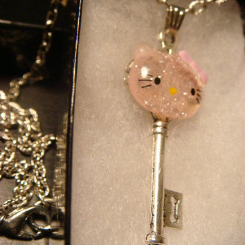 Small Silver Hello Kitty Key Necklace (1481)