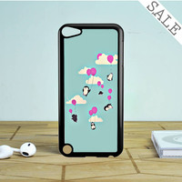 cute hello kitty iPod Touch 5 Case