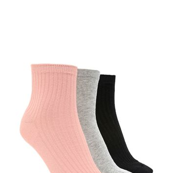 Ribbed Crew Socks - 3 Pack