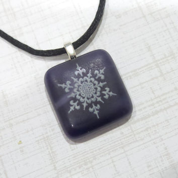 Snowflake Pendant, Indigo Blue Pendant with White Snowflake, Fused Glass Jewelry - Delicate Winter- 5