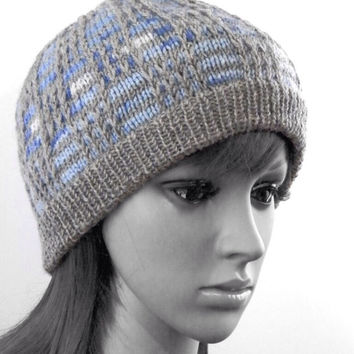 Knitted unisex plaid beanie