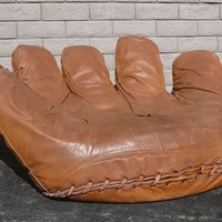 ORIGINAL 1970's POLTRANOVA JOE BASEBALL GLOVE CHAIR - GREAT FOR GAME ROOM!