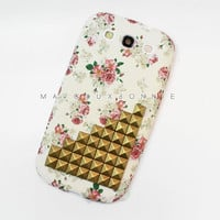 PRE-ORDER - Samsung Galaxy S3 White Pink Vintage Flower Rose Brass Studded Silicone Matte Phone Case AT&T Verizon Tmobile