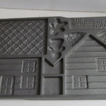 Cast Iron Gingerbread House Kit Mold Cast Iron Griddle Cookware Farmhouse Kitchen Cooking Cast Iron