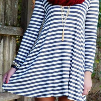 Blue Stripe Print Backless Long Sleeve Dress