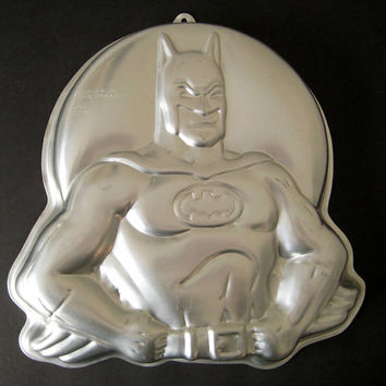 Vintage Batman Cake Pan Wilton 1989 DC Comics Superhero Gelatin Mold Baking Birthday Cake Craft Clean HTF USED