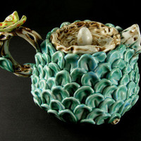 Craftori  » Teapot with butterfly and nest